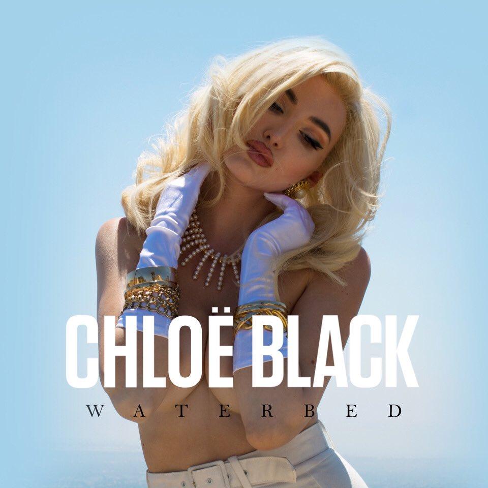 CHLØË BLACK