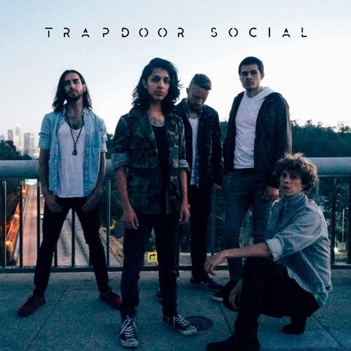 Trapoor Social